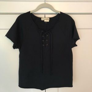 URBAN OUTFITTERS lace up top in XS